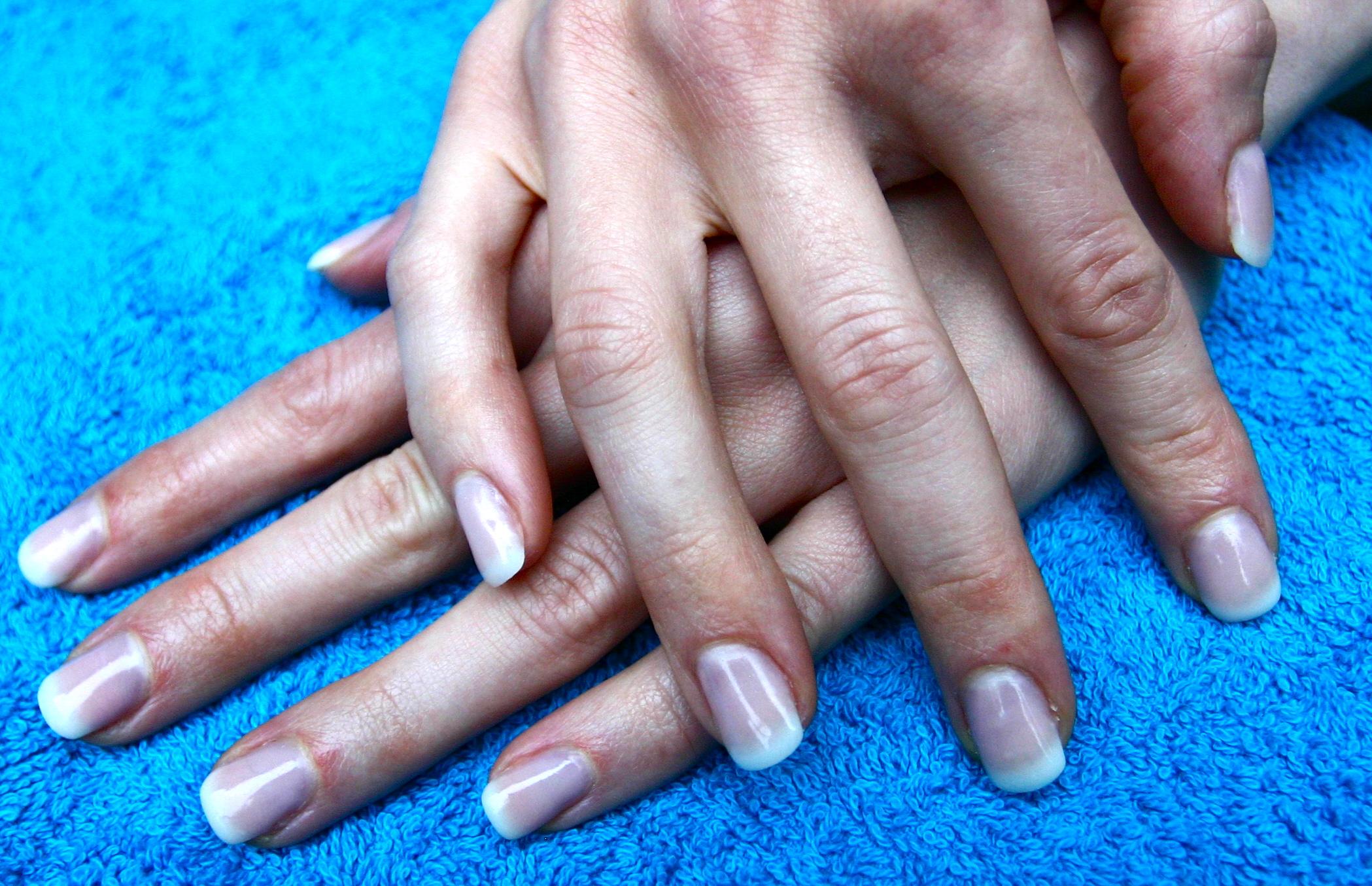 zoya_naked_manicure-3 - Wasting Lifestyle